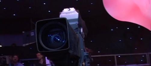 Caméra Téléréalité - 'opinions' CC BY