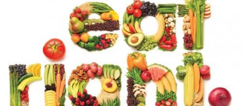 Proteine, carboidrati e grassi: come assumerli in una dieta equilibrata.