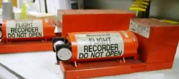 Las cajas negras elementos fundamentales de la investigación UnivisionN