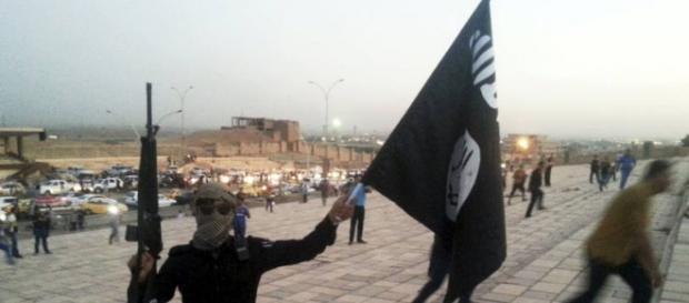 Reuters - Estado Islâmico deixa um rastro de medo e dor por onde passam
