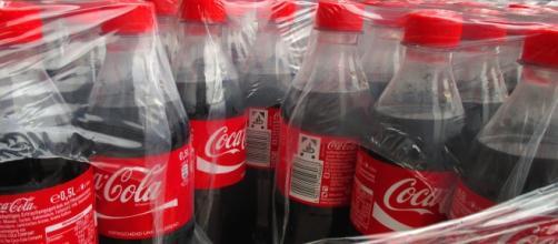 Coca-Cola paraliza la producción de bebidas azucaradas en Venezuela por falta de azúcar