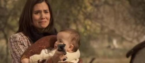 Maria spara Donna Francisca e si getta dal burrone