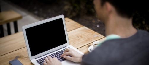 Os perigos da busca de emprego pela internet