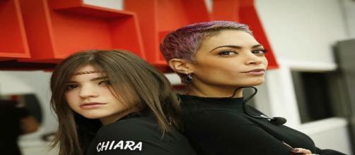 Chiara e Elodie (cantanti di Amici)