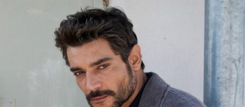Giuseppe Zeno è il commissario Nemi nella serie tv Scomparsa