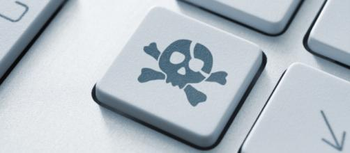 La pirateria musicale è da sempre al centro del dibattito circa l'incidenza sul mercato discografico.