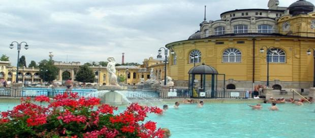 Balneario de Széchenyi (Budapest). Pixabay