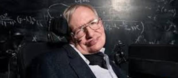 Le parole di Stephen Hawking su referendum in GB e su Donald Trump