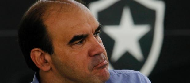 Ricardo Gomes em entrevista coletiva