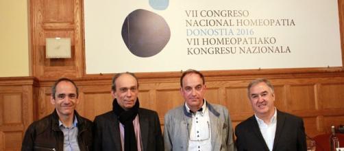 Científicos e investigadores en el Congreso de Homeopatía