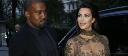 Kim Kardashian wears transparent dress (Twitter)