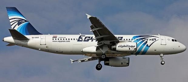 EgyptAir: il ritrovamento di resti umani piccolissimi, sembra condurre verso l'ipotesi terrorismo