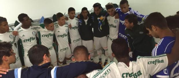 Elenco Sub-20 do Palmeiras (Foto: Cesar Greco/Ag Palmeiras/Divulgação)