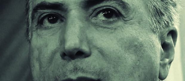 Michel Temer, presidente interino, ouve a voz das ruas.