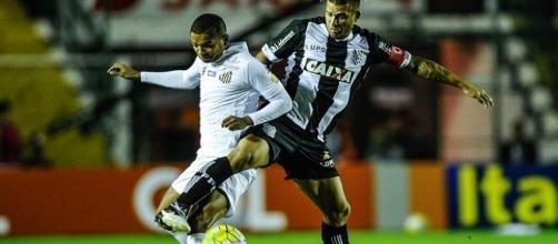 Em jogo movimentado, Figueirense e Santos ficam no empate.