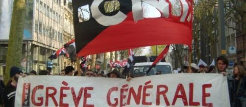 la greve : banderole greve generale