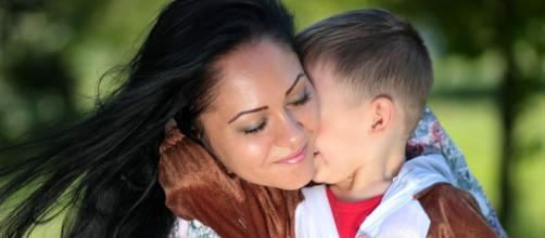 Maman solo, jeune femme ordinaire