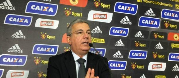 Arnaldo Barros, vice-diretor do Sport