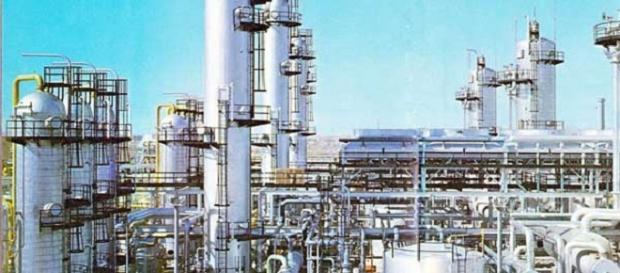 Bloccate le raffinerie in Francia