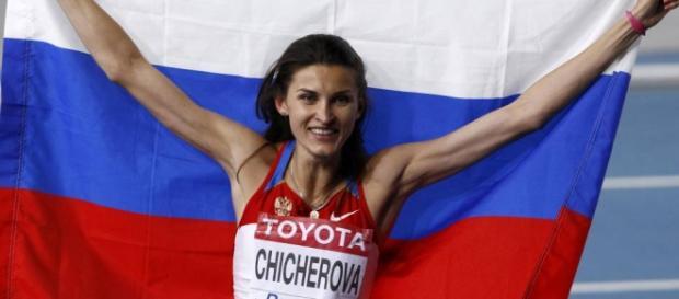 Chicherova celebrando el título