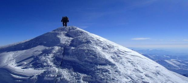Cinco escaladores mueren al escalar el Monte Everest