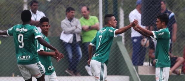 Kauê, em partida pelo Campeonato Paulista Sub-20 deste ano (Foto: Ag Palmeiras)