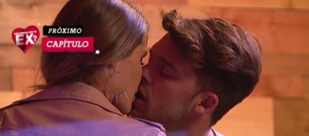 #VCTE92: Otro apasionado beso de Gala y Leandro dentro del encierro de ¿Volverías con tu ex?