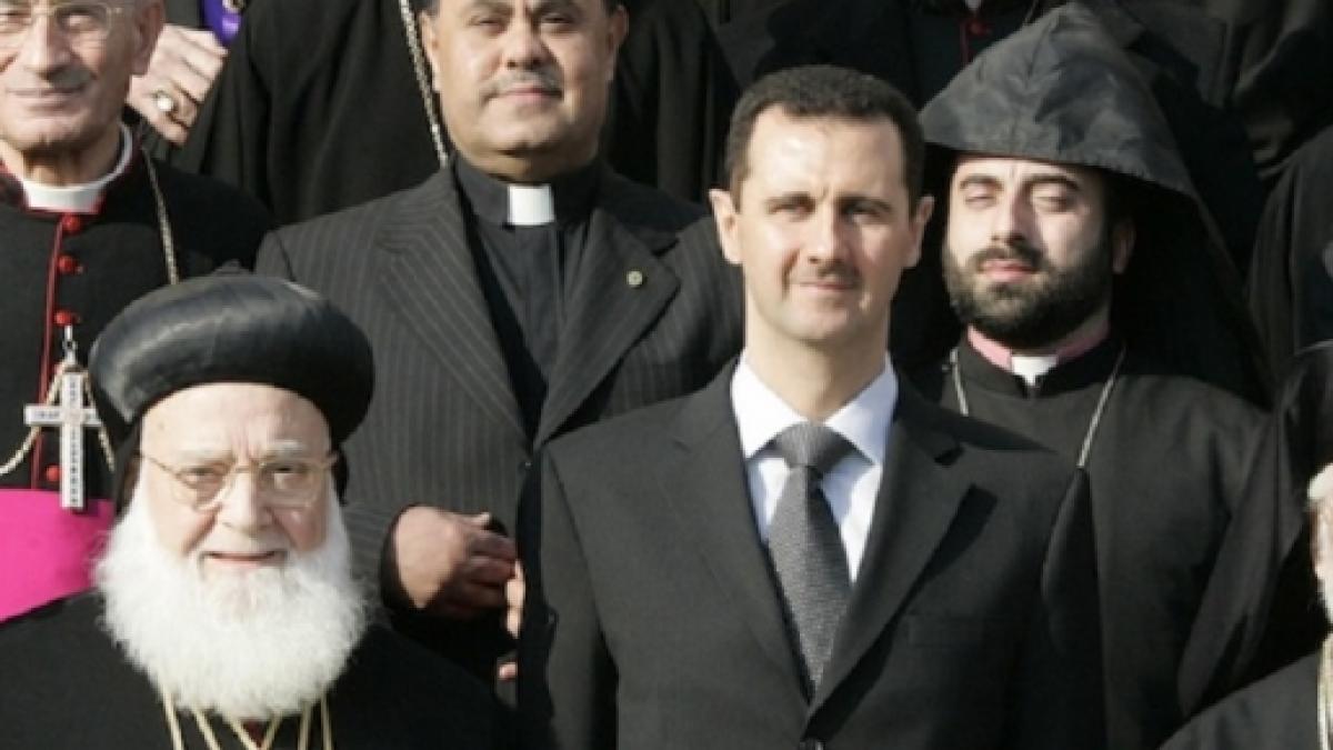 Risultati immagini per bashar al assad chiesa siriana