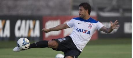 Guilherme Andrade renova com o Corinthians até dezembro