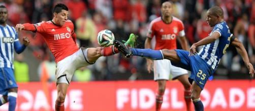 Além do time italiano Chievo, os portugueses Benfica e FC Porto pretendem contar com palmeirense