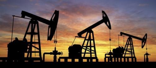Petroleras en pleno funcionamiento