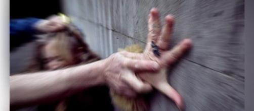 Polícia investiga vídeo de estupro postado no Twitter