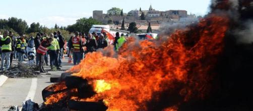 Una de las barricadas provoca cortes en una carretera francesa
