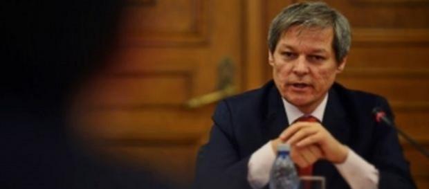 Dacian Cioloș - premierul României