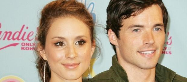 Pretty Little Liars: Troian Bellisario e Ian Harding
