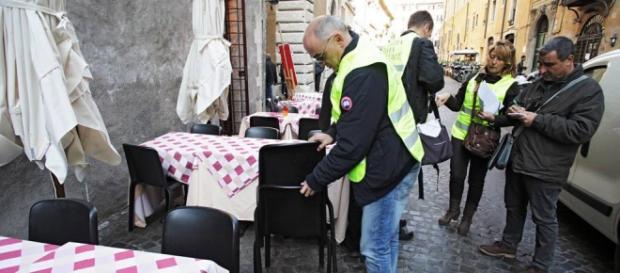 Roma, tavolino selvaggio: dilaga il fenomeno