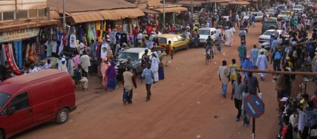 Serekunda Market in The Gambia (Wikipedia)