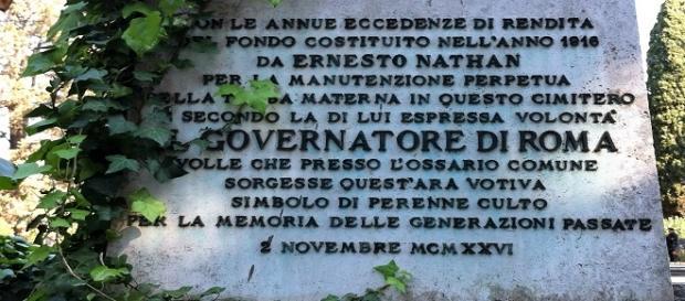 Una delle opere del Sindaco di Roma Nathan al Cimitero Verano