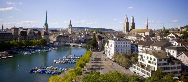Zurique na Suíça. O país quer implantar o 'renda mínima'