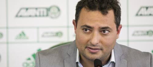 Alexandre Mattos, executivo de futebol do Palmeiras, está na Europa.