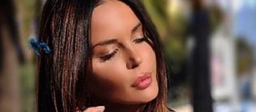 Nina Moric sempre più scatenata sui social