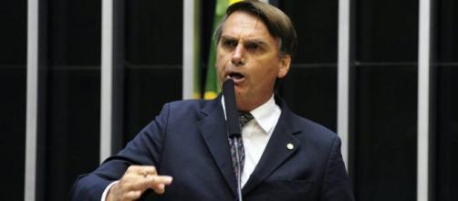 Projeto de Jair Bolsonaro coibe novos crimes de estupro