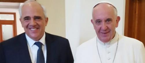 Secretario de UNASUR y papa Francisco