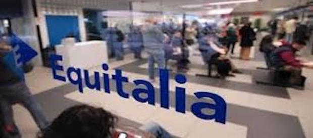 Addio cartelle di Equitalia: arrivano gli sms