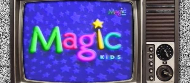 Uno de los tantos logotipos del querido canal Magic Kids