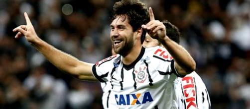 Felipe deve trocar Corinthians pelo Porto (Divulgação)