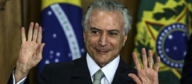 El presidente interino de Brasil, Michel Temer, dijo: el gobierno creará un departamento para combatir crímenes contra la mujer