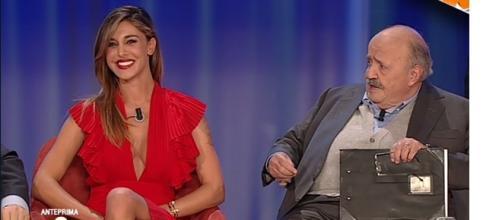 Belen Rodriguez ospite al Maurizio Costanzo Show