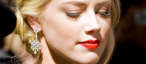 Photo of Amber Heard taken in 2009 (Wikipedia)
