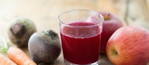 De acordo com pesquisa, suco de beterraba é eficaz para o tratamento contra câncer